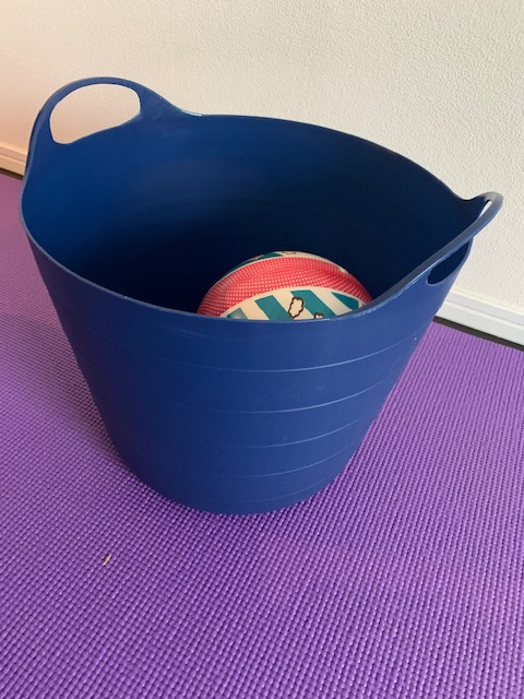 bucket with steady grip