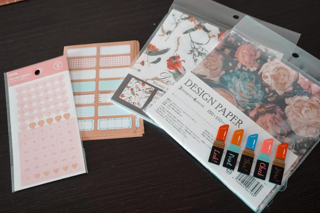 cute sticky notes and stationery from Seria